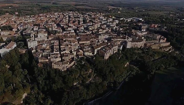 Borgo di Canino, nella Tuscia viterbese, patria dell'asparago verde