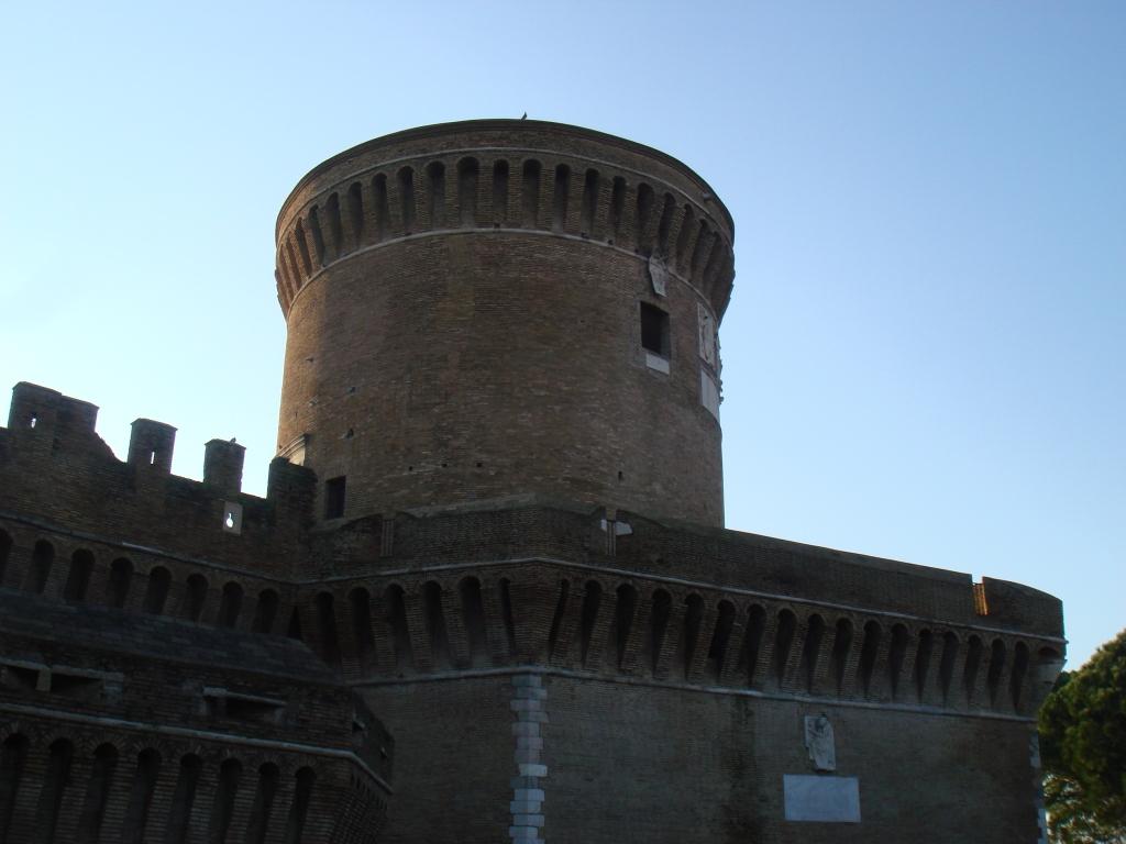 Borgo di Ostia Antica - Castello Giulio II