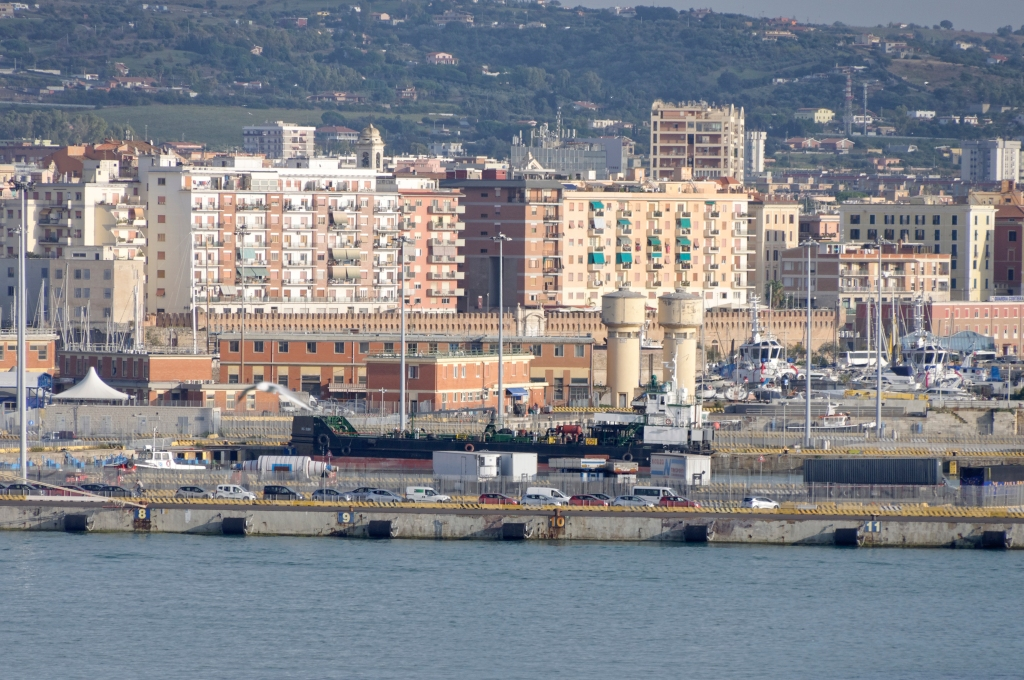 Civitavecchia Porto - veduta dal mare