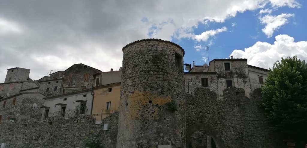 Bassiano - Porta cittadina
