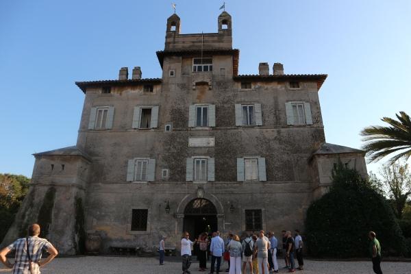 Villa Chigi - Entrata